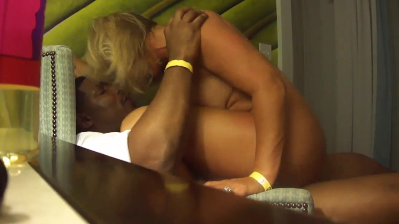 Amateur Blonde Wife Riding